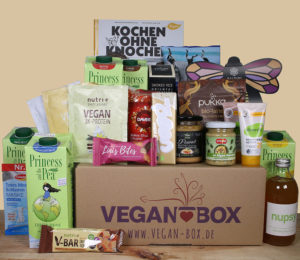 Box mit veganen Produkten