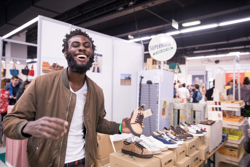 Lachender Mensch auf der VeggieWorld Paris 2019